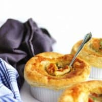 Easy tastes like chicken vegan pot pies recipe